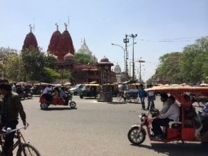 indiaDelhiStreet450