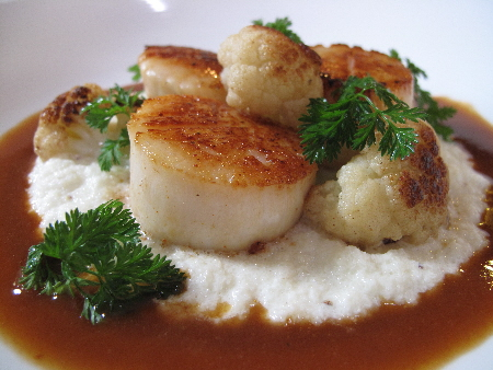 Scallops and Creamy Cauliflower Puree, A Perfect Match. Easy, too ...